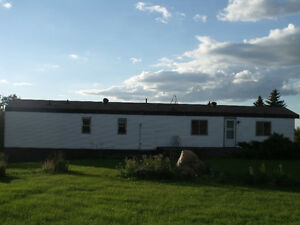 Reduced 1987 Shelter Mobile Home to be moved