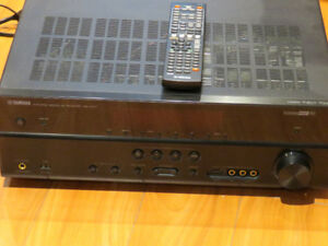Yamaha RX-V571 7.1 Channel AV Receiver