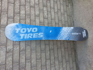 Brand New Snow Board never been used still in wrapper Elan Toyo