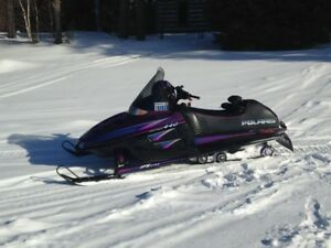 Like New POLARIS Indy 440