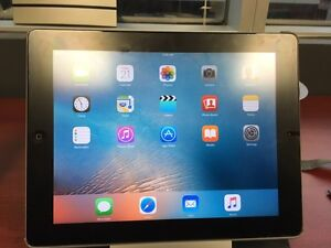 iPad 2nd Gen 32gb with Apple SmartCover