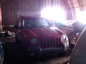 2002 jeep liberty parting out.