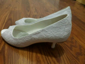 White Wedding Pumps for Sale