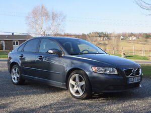 2011 Volvo S40 T5 level II