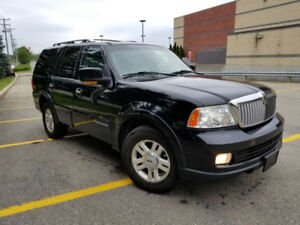 2006 Lincoln Navigator Ultimate SUV, Crossover