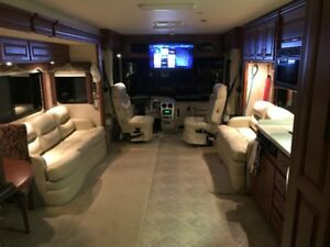 2007 Diesel Pusher 40FT **REDUCED MUST SELL**