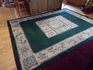 Large Area Rug, Very Good Condition!