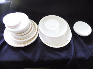 VINTAGE CORELLE BUTTERFLY GOLD DISH SET FOR 24