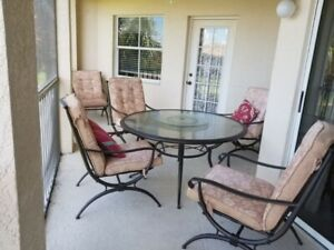 Spacious Florida Condo In A Gated Community A Lake View