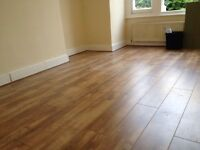 Local laminate flooring fitter