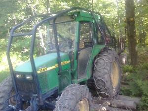 tracteur John deere  5210