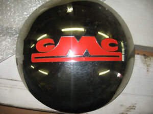 Chrome hubcaps for 46-53 GMC 3/4 and 1 ton pickups, sell/trad .