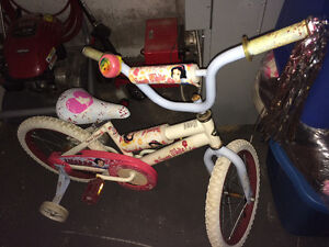 Girls Snow White bike