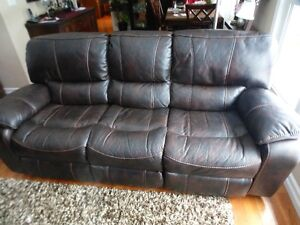 Power Reclining Couch & Loveseat Set