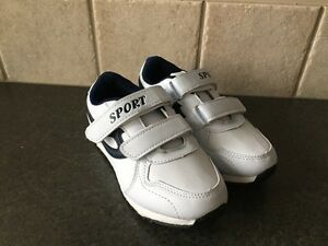 NEW, NEVER USED Boys Running Shoes (size 11/12)