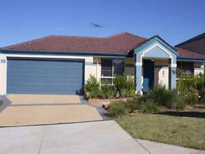 Large family home 4x2 elevated home- FIRST WEEK FREE RENT Leda Kwinana Area Preview