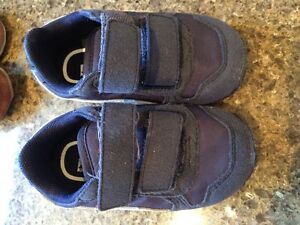 Baby boys puma shoes size 4