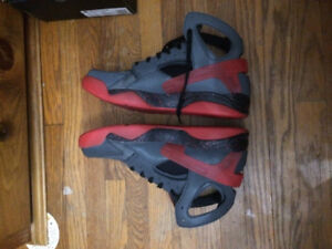 Bred huaraches size 13
