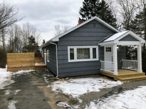MOVE-IN READY! 2 Bdrm House on Hershey Rd Dartmouth