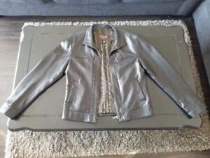 Men's Danier Leather Jacket - Lamb Skin - Medium