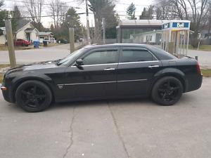 Chrysler 300c 5.7 litres 2005