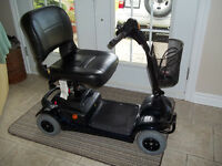 Scooter Invacare Lynx L4 ** JUST LIKE NEW ** Delivery included *