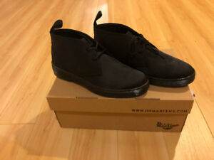 Dr. Martens air BNIB size 7 men can fit 9 women