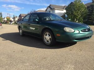 Ford Taurus (Lady Owned )