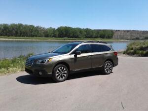 2015 Subaru Outback  $27,500