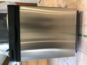 Used Elite Kenmore Stove & Dishwasher for sale