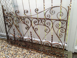 EYE-CATCHING PIECE OF WROUGHT IRON BEAUTY FOR THE YARD