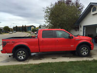 2011 Red Ford F-150 SuperCrew FX4 Ecoboost Truck *Low Km's*