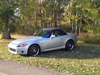2002 Honda S2000 AP1 Convertible.I NEED A 4 SEATER NOW