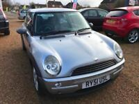 2002 Mini Mini 1.6 One Full Mot 01/11/2018 No Advisores service book be lost