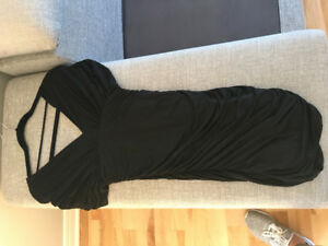 Robe cocktail BCBG noire small