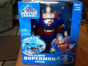 2003 FUSION TOYS JUSTICE LEAGUE FLYING SUPERMAN London Ontario image 1