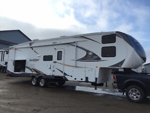 2012 Sandpiper 32QBBS Bunk House Fifth Wheel.