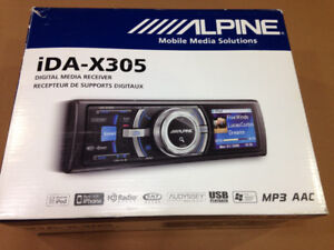 Alpine IDA X305 radio Mp3 interface usb ipod iphone, + cle usb