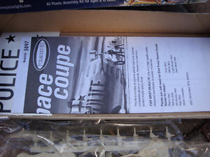 Model kit, dick tracy model kit, movie model kit London Ontario image 4