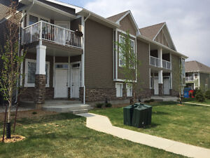 Two Bedroom two Bathroom Townhouse for Rent in the Green