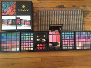 MAKEUP -  ALL-IN-ONE HARMONY MAKE UP KIT FOR SALE