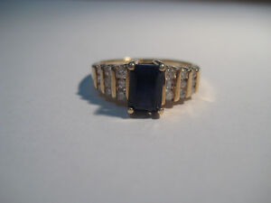 Blue Sapphire and Diamond 10k Cocktail Ring