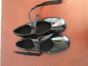 Mondor Tap Shoes - Size 3