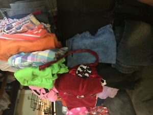 Large bag of girls clothes size 4T-5T