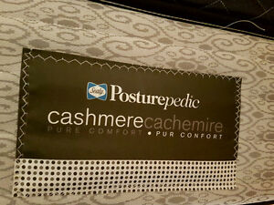 Posturepedic Cashmere Mattress & Box Spring Set