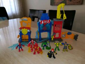 Marvel Imaginex playset n action figures