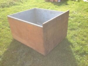 Metal Lined Feed Bin, On Wheels, 3′ 11″ W x 3′ 4″ L x 2′ 2″ H