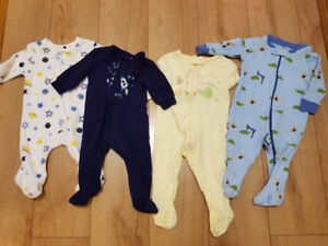 Lot of 4 Footed Onezies - 2 x 0-3 mth & 2 x 3-6 mth EUC