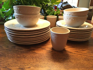 Full set of Better Homes and Gardens Dinnerware.