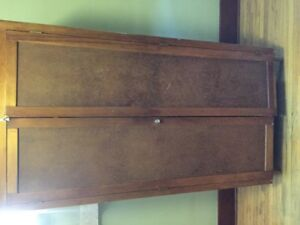 Movable closet real wood